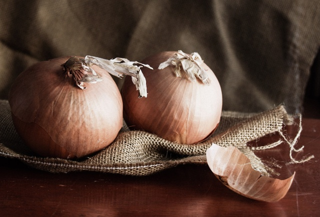 onions with darklight 72